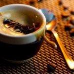 Кофе из медом – медовуха целебный! Для печени дьявол – просто-напросто волшебный!