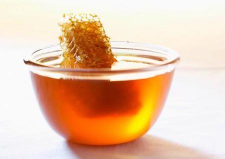 Пчелиный продукт содержит сахар