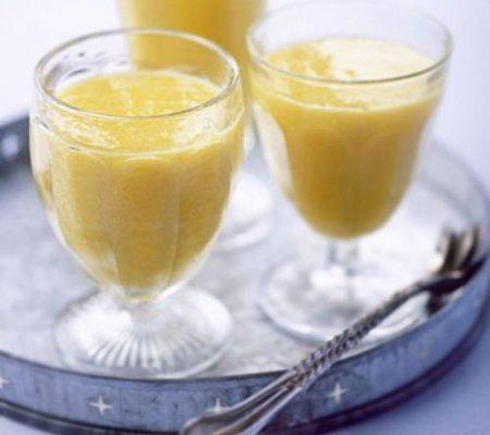 Напиток на основе яблочного пюре