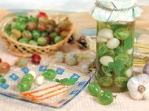 Ягоды и чеснок