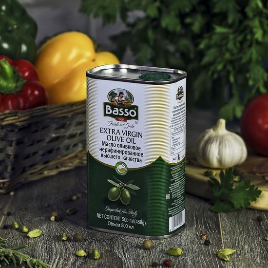 Оливковое масло в жестяной банке
