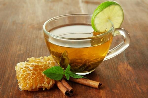 Мед, лимон и корица к чаю