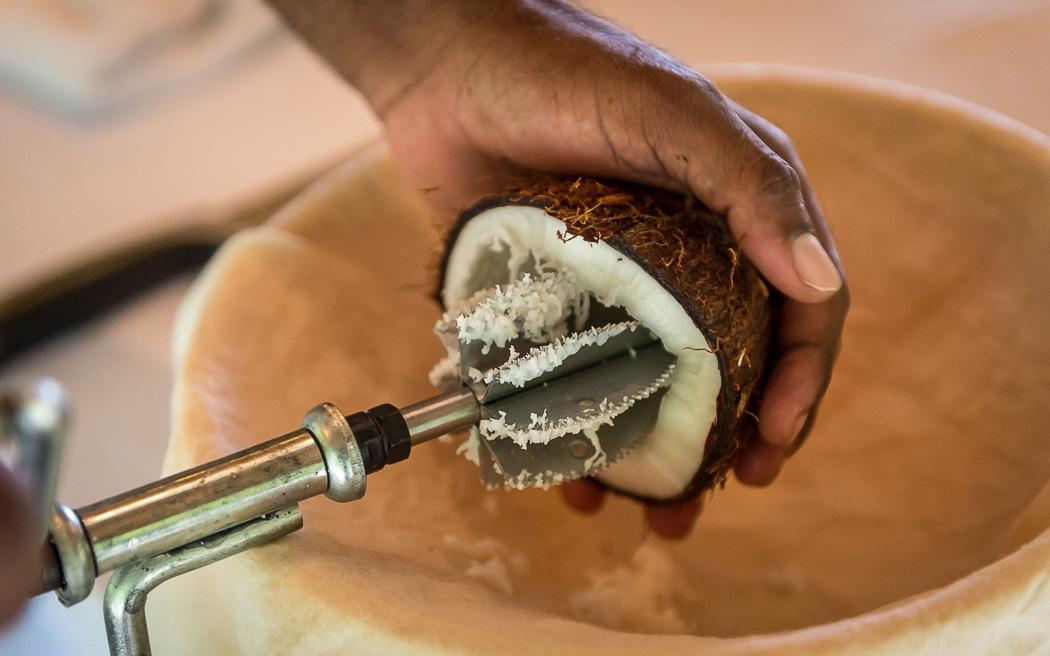 Приготовление масла из кокоса
