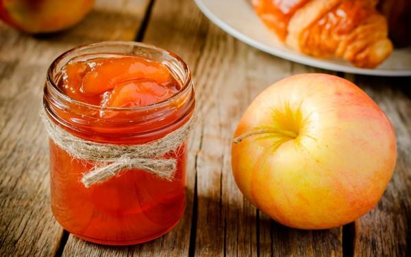 Варенье из яблок с добавлением имбиря