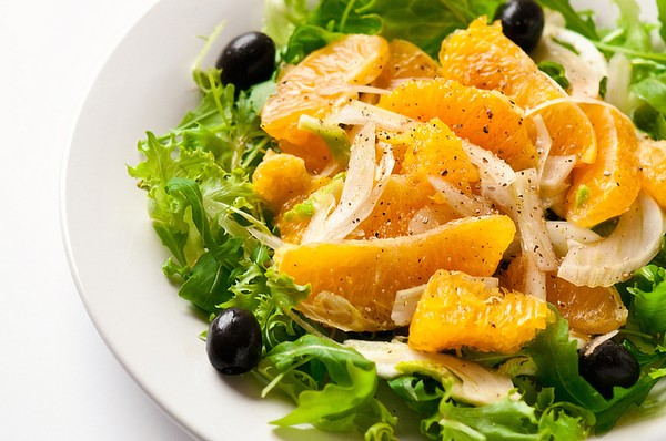 Салат с апельсином