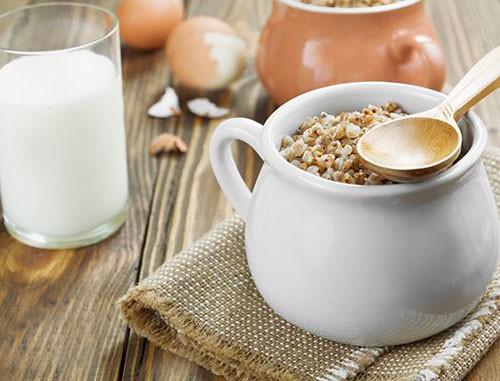Гречка, яйца и молочные продукты