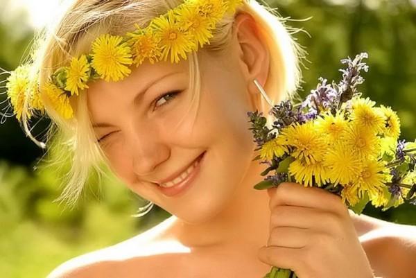 Цветок применяют для ухода за волосами