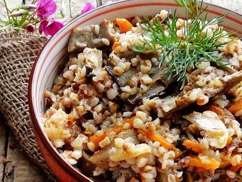 Плов из гречки с грибами