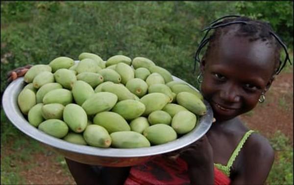 Девочка-африканка